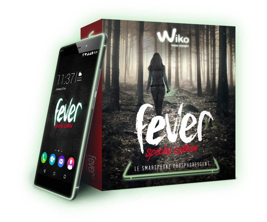 BOX_FeverES_3D+Telephone+GLOW_72 (Personnalisé)