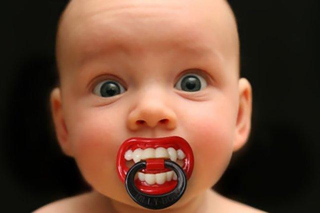 bébé-vampire